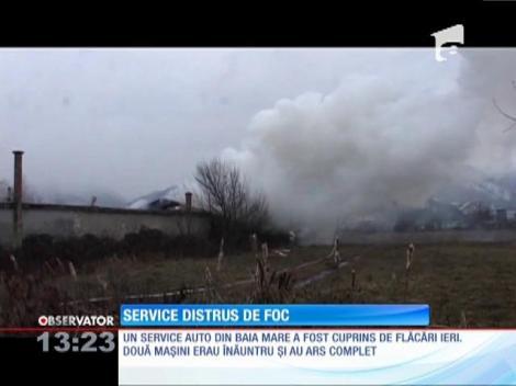 Service auto distrus de foc