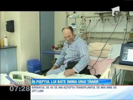 Primul român cu o inimă artificială a primit inima unui tânăr aflat în moarte cerebrală