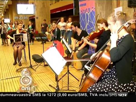 Ce spectacol, dar ce scenă! Orchestra Simfonică Bucureşti a concertat în staţia de metrou Unirii 1