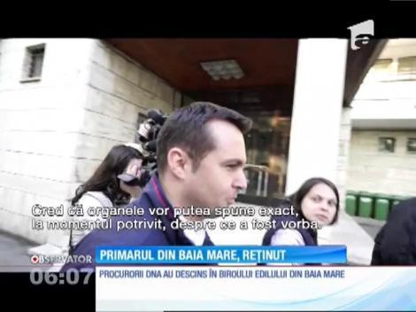 Primarul din Baia Mare a fost reţinut de procurorii DNA
