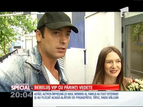 SPECIAL! Proaspeţii părinţi Adela Popescu şi Radu Vâlcan radiază de fericire