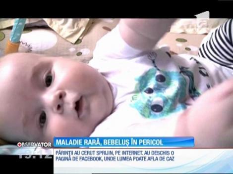Un bebeluş de şase luni are nevoie de ajutor ca să trăiască