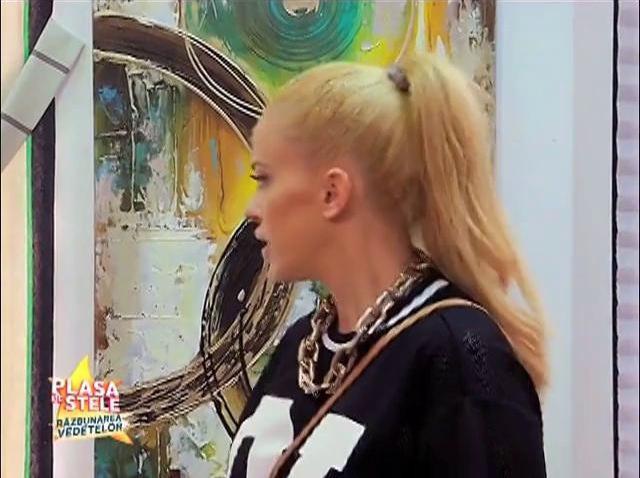 """""""Inel la croitorie?"""" Anda Adam și sora Andreei Bănică, picate în """"Plasa de stele"""": Cum să pari nebună de legat!"""