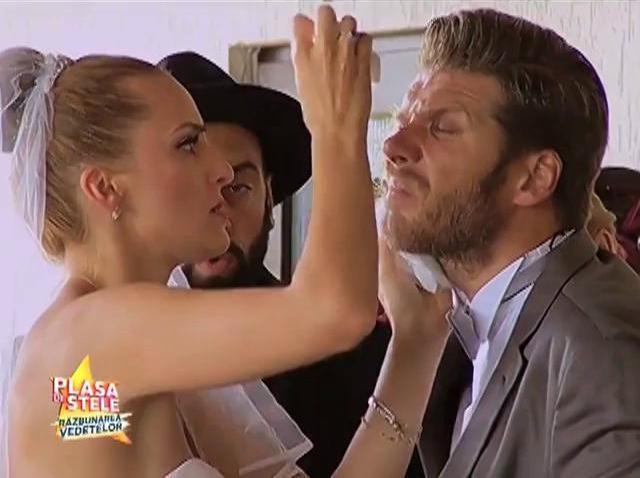 CRBL le-a dat tuturor un șoc de zile mari, chiar în ziua nunții! Mirele și mireasa au încremenit când au văzut ce a făcut vedeta!