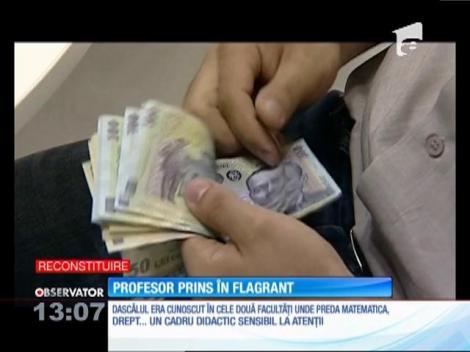 Un profesor de matematică de la Universitatea din Ploieşti, prins în flagrant după ce a primit bani de la studenţi