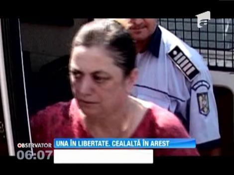 Una din cele surori, acuzate ca au furat banii clienţilor unei bănci din Zlatna, rămâne în arest