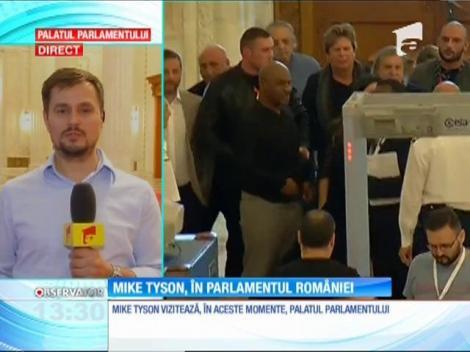 Celebrul pugilist Mike Tyson vizitează Palatul Parlamentului