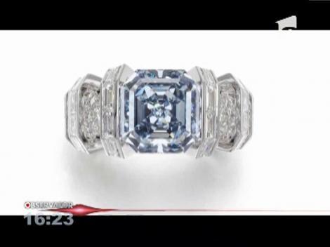 Diamant extrem de rar, scos la licitaţie