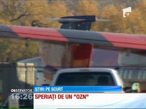 Imagini unice și reale. Pasagerii dintr-un avion, speriați de un OZN!