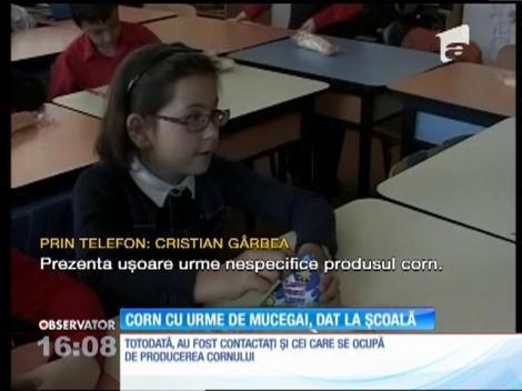 Corn cu urme de mucegai, dat la o școală din Ploiești
