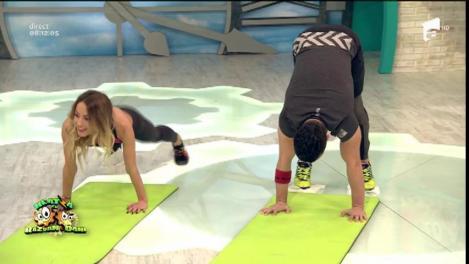 """Fitness la Neatza! Antrenament cu """"şerveţele"""", adresat celor care vor să lucreze acasă"""