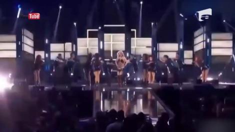 Culise: Dima se pregăteşte să devină Britney Spears