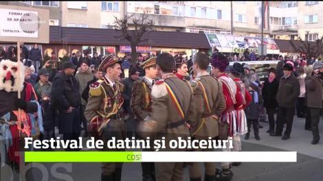 Festivalul Mascaţilor organizat la Târgu Neamţ ajuns la a V-a ediţie