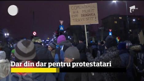 Antreprenorii români s-au întrecut să îi ajute pe cei care au ieşit în faţa Guvernului