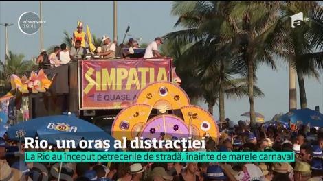 """În aşteptarea carnavalului! La Rio de Janeiro s-a deschis """"sezonul"""" petrecerilor de stradă"""