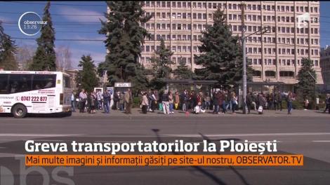 A fost haos în Ploieşti, după ce angajaţii firmei de transport în comun au intrat aproape jumătate de zi în grevă spontană