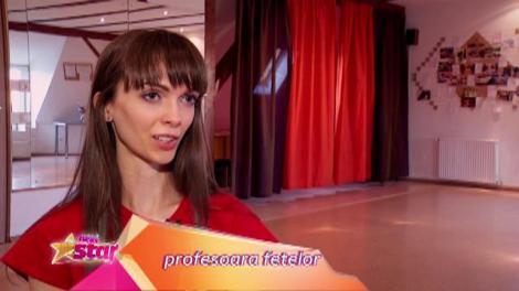 """Prezentare: Julia şi Maria - 11/12 ani, Bucureşti - formează trupa de dans irlandez """"Steysha"""""""