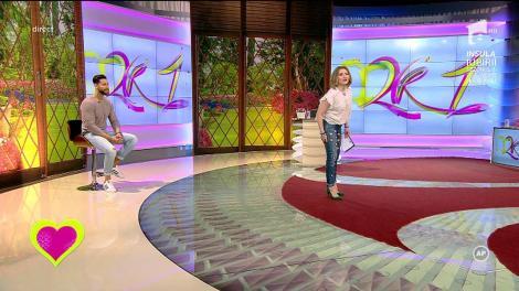 """Mirela Vaida, apariție de senzație. Ce ținută spectaculoasă a ales să poarte frumoasa prezentatoare de la """"2k1"""": """"Dacă mă vede taică-miu acum, zice """"ce te-ai îmbrăcat cu rupturile alea"""""""
