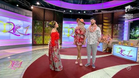 Cel mai mediatizat cuplu din showbizz! Bianca Drăguşanu şi Victor Slav, invitaţi la 2k1! Cum a venit îmbrăcată cea mai sexy mămică