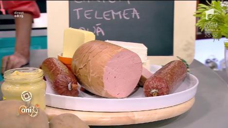 Mâncare ca-n anii '90! Cartofi prăjiți cu ouă și brânză rasă și sandviș cu parizer, salam și muștar lungit cu apă!