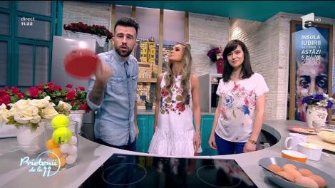 """Andreea Moldovan găteşte o """"Tartă cu cocos"""""""