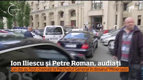 Fostul preşedinte Ion Iliescu a mers la Parchetul General pentru a fi audiat de procurorii militari în dosarul ''Mineriada''