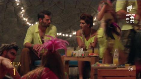 Se aprinde flacăra pasiunii între o ispită și o concurentă. Alexandra și Raul sunt din ce în ce mai apropiați!