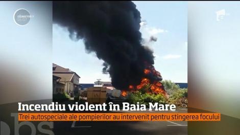 Incendiu violent în apropierea unei benzinării!