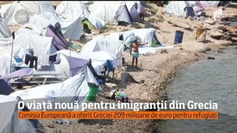 Imigranții din Grecia vor primi 209 milioane de euro de la Comisia Europeană