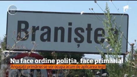 Într-o comună din judeţul Dâmboviţa, primăria a preluat atribuţiile poliţiei. Primarul dă amenzi și confiscă bunuri
