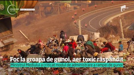 E stare de alertă şi la Cluj, unde un munte de gunoi a ars continuu 12 ore. Sunt mii de oameni în pericol, pentru că aerul e otrăvit de fum toxic