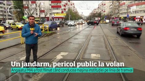 Un jandarm, pericol public la volan! Era să provoace o tragedie, după o depășire la limită (VIDEO)