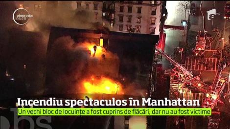 Peste 250 de pompieri din New York s-au luptat cu un incendiu devastator