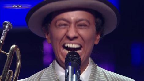 """Louis Armstrong  nu putea cânta """"Go down Moses"""" decât cu trompeta! Anisia Gafton, să nu te recunoaștem! Ce travesti, ce răgușeală în voce!"""