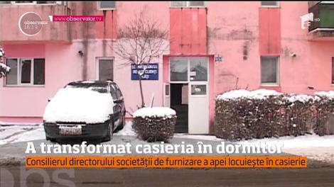Casieria furnizorului de apă din Târgu Jiu a devenit locuinţă pentru consilierul directorului general al companiei
