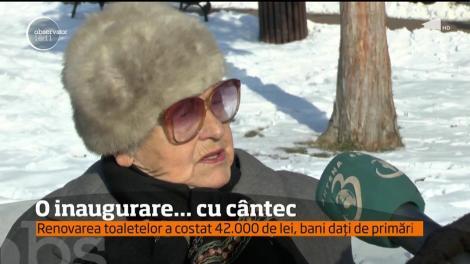 Primarul din Piatra Neamţ a organizat o ceremonie cu tăiere de panglică la inaugurarea unei toalete