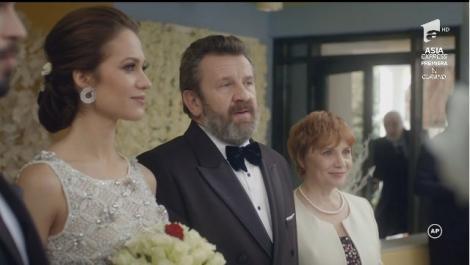 """""""O să iei o țeapă de n-o să poți să o duci!"""" Prietenul mirelui a întrerupt nunta!"""