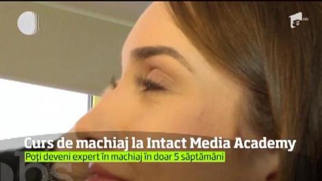 Cum ajungi un make-up artist de succes! Vino să faci un curs de machiaj la Intact Media Academy!