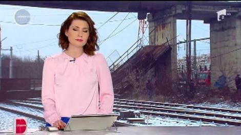 Pasarelă prăbușită peste calea ferată din Gara de Vest din Ploiești
