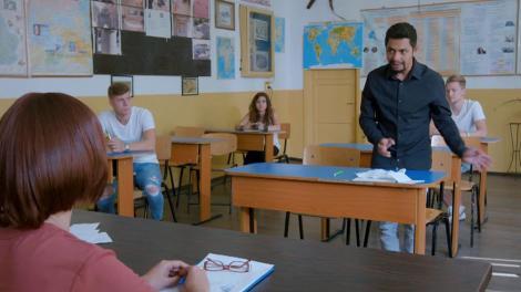 Cum arată elevul lingușitor care nu știe limba franceză la examenul de Bacalaureat