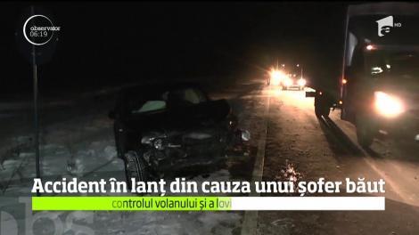 Un şofer care s-a urcat băut la volan a provocat un accident în lanţ, pe un drum din Neamţ