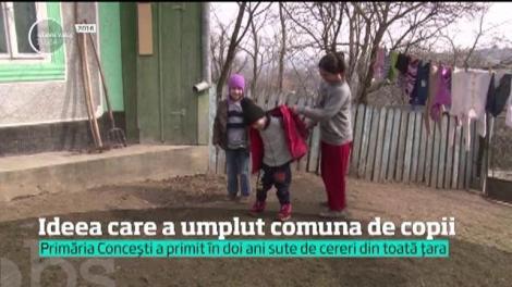 Iniţiativa unui primar a devenit dovada că şi în România, se poate! Edilul a oferit case gratis tinerilor şi a repopulat comuna