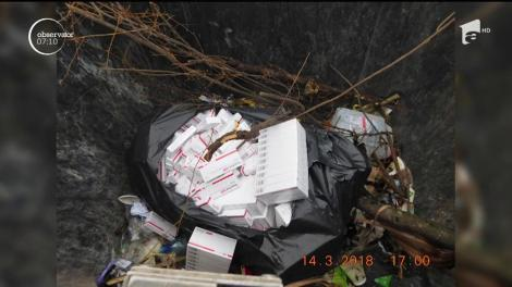 Desoperire şocantă în Suceva. Saci întregi cu medicamente, printre care şi substanţe cu efecte halucinogene, au fost găsite în pubelele de gunoi de poliţiştii locali