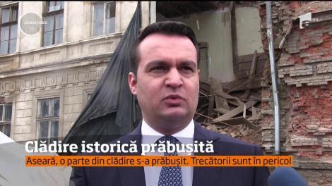 O clădire istorică din Baia Mare s-a prăbuşit