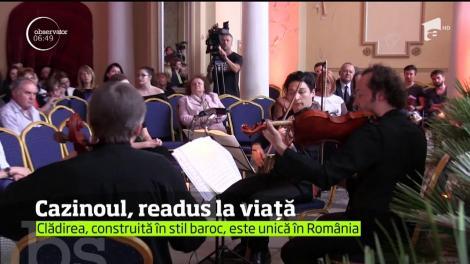 Cazinoul din Constanţa a fost trezit la viaţă de acordurile de vioară şi violoncel dar şi de ropotele de aplauze ale spectatorilor