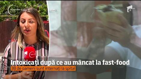 38 de ieşeni, internați la spital după ce au mâncat la fast-food