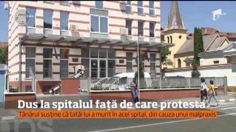 Un bărbat din Vâlcea a ajuns la spital, după trei zile de grevă a foamei făcută în faţa Parchetului