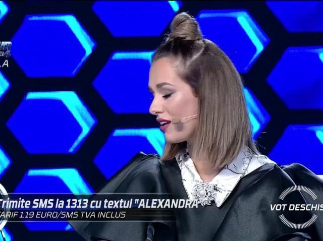 """Feli Donos: """"Alexandra, nu am nimic cu tine! Dar văd în tine un artist de mare"""""""