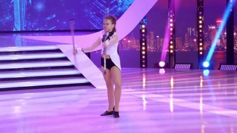 """Bastonașe și o mare de emoții! Aliona Roșca, număr senzațional de circ pe scena """"Next Star"""""""
