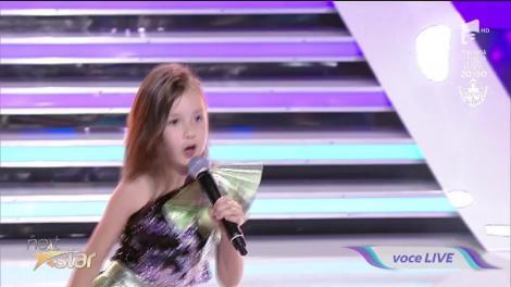 "Mirela si Kamelia cântă piesa ""Ciocolata"" pe scena ""Next Star"""
